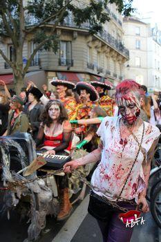 zombieswalk_(127).jpg