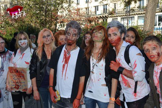 zombieswalk_(3).jpg
