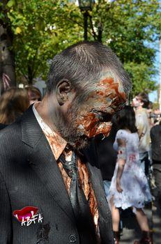 zombieswalk_(48).jpg