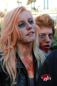 zombieswalk_(8).jpg